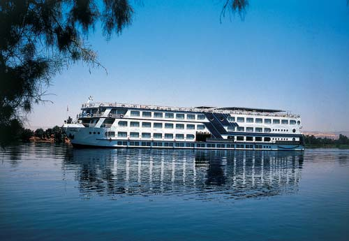 Cairo and Nile Cruise New year Holiday