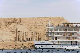 Xmas Sunny Cruises Tours in Lake Nasser